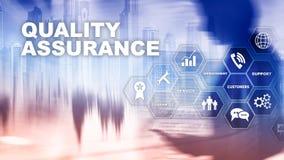 Il concetto di assicurazione di qualit? e di impatto sui commerci Controllo di qualit? Assista la garanzia Media misti royalty illustrazione gratis