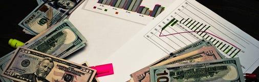 Il concetto di economia, del mercato, dell'ufficio, dei soldi e delle tasse Messaggio dell'ufficio Fotografia Stock Libera da Diritti