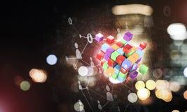 Il concetto di Internet e la rete con il cubo digitale dipendono la d Fotografie Stock Libere da Diritti