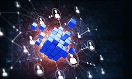 Il concetto di Internet e la rete con il cubo digitale dipendono il fondo scuro Fotografie Stock Libere da Diritti