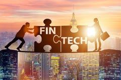 Il concetto finanziario della tecnologia del fintech con il puzzle collega Immagini Stock Libere da Diritti