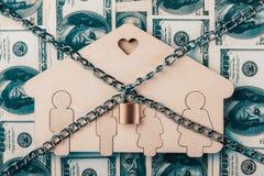 Il concetto per la prova, il fallimento, la tassa, l'ipoteca, l'asta che offrono, la preclusione o ereditano Real Estate fotografia stock libera da diritti