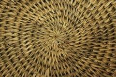 Il contenitore di legno tradizionale tailandese di riso appiccicoso ha chiamato Kratib vecchio Immagini Stock