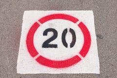 Il contrassegno dice 20. Fotografia Stock