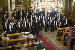 Il coro del ragazzo di Munkacs effettua a Budapest Fotografie Stock Libere da Diritti