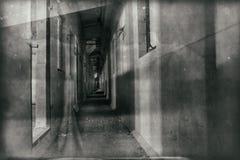 Il corridoio sporco di oscurità del fantasma Illustrazione Vettoriale