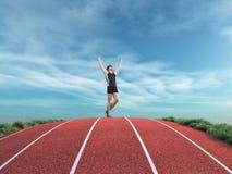 Il corridore dell'atleta aumenta le sue mani al cielo Fotografie Stock