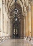 Il cortile del comune a Vienna inoltre sa come Rathaus Austria immagini stock