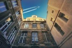 Il cortile e l'aereo Fotografia Stock Libera da Diritti