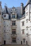 Il cortile interno del castello di Pau Fotografia Stock Libera da Diritti