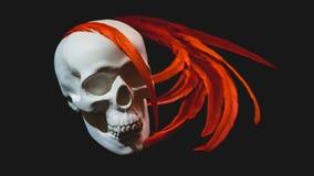 Il cranio bianco è decorato con le piume rosse Immagine Stock Libera da Diritti