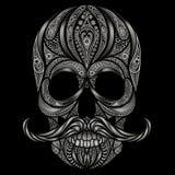 Il cranio umano astratto ha fatto dei fiori n un fondo nero fotografie stock