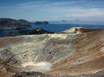 Il cratere del vulcano all'isola di Vulcano, Sicilia Fotografie Stock Libere da Diritti