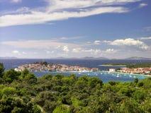 Il Croatia - città Primosten Fotografie Stock Libere da Diritti