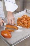 Il cuoco unico di pasticceria prepara gli ingredienti Fotografia Stock Libera da Diritti