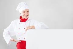 Il cuoco unico passa la tenuta dell'insegna bianca Fotografia Stock Libera da Diritti