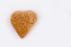 Il cuore ha modellato fondo grigio/bianco del pan di zenzero, Simbolo di giorno di biglietti di S Fotografia Stock