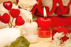 Il cuore romantico ha modellato le candele impostate Fotografia Stock Libera da Diritti