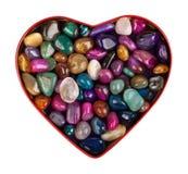 Il cuore si è raccolto dalle pietre di colore Immagine Stock