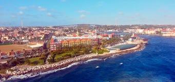 Il Curacao - porto mega di crociera fotografie stock