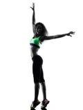 Il dancing del ballerino di zumba della donna esercita la siluetta Immagini Stock Libere da Diritti