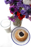 Il Danese e latte Fotografia Stock Libera da Diritti