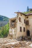 Il danno causato dal terremoto che ha colpito l'Italia centrale in 20 Fotografia Stock Libera da Diritti