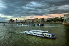 Il Danubio - panorama Danubio a Budapest Ungheria Vista del fotografie stock