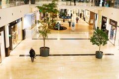 Il Danubio si concentra il centro commerciale (Donau Zentrum) a Vienna, Austria Immagini Stock