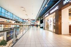 Il Danubio si concentra il centro commerciale (Donau Zentrum) a Vienna, Austria Fotografie Stock