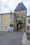 Il dAvallon del porte del portone dell'entrata, Noyers-sur-Serein Immagine Stock Libera da Diritti