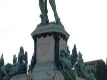 Il David di Florence Piazzale Michelangelo; Fondo alla cima; lampadina stock footage