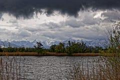 Il delta del Reno alle alpi svizzere abbellisce dalle nuvole di tempesta Fotografia Stock Libera da Diritti