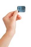 Il dentista femminile tiene i raggi X Immagini Stock