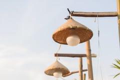 Il des lampes sont tissés du bambou Photographie stock