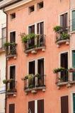 Il dettaglio dei balconi italiani Fotografia Stock Libera da Diritti