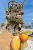 Il ` di quattro stagioni è una serie di quattro teste giganti, ciascuna della scultura che rappresenta una stagione dell'anno Art Immagini Stock