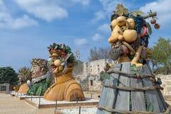 Il ` di quattro stagioni è una serie di quattro teste giganti, ciascuna della scultura che rappresenta una stagione dell'anno Art Fotografia Stock Libera da Diritti
