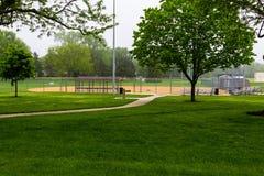 Il diamante di softball attende il migliori tempo e lotti dei giochi fotografia stock