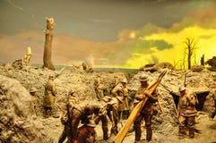 Il diorama di Peter Corlett che ha descritto le circostanze difficili ha resistito a dai soldati australiani che hanno combattuto fotografia stock libera da diritti