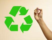 Il disegno della mano ricicla il simbolo Fotografia Stock Libera da Diritti