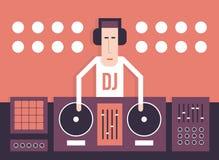 Il DJ con le piattaforme girevoli Fotografia Stock Libera da Diritti