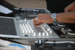 Il DJ pospone Fotografie Stock Libere da Diritti