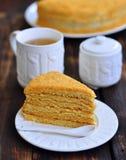 Il dolce, pasticceria, dessert, una tazza di tè è una zucchero-ciotola Fotografie Stock