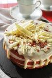 Il dolce rosso del velluto del dessert americano classico è tradizionalmente un rosso, fotografia stock libera da diritti