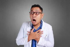 Il dottore colpito With Open Mouth immagini stock libere da diritti