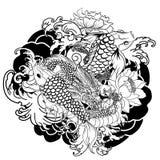Il drago e il koi disegnati a mano pescano con il tatuaggio del fiore per il braccio, giapponese immagine della carpa di vettore  Immagini Stock