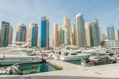 Il Dubai - 10 gennaio 2015: Distretto del porticciolo Fotografie Stock Libere da Diritti