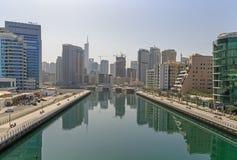 IL DUBAI, UAE - 12 MAGGIO 2016: golfo nel porticciolo del Dubai Fotografia Stock Libera da Diritti
