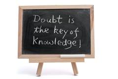 Il dubbio è la chiave di conoscenza fotografia stock